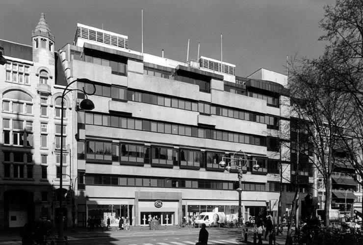 Damrak 70 before redevelopment