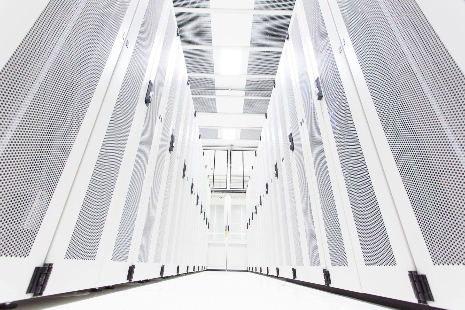 Failover Architectures: the Infrastructural Excess of the Data Centre Industry
